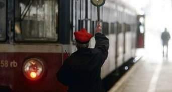 У Польщі поїзд протаранив автобус: 8 людей загинуло