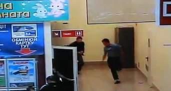 """В інтернеті з'явилось повне відео інциденту в """"Каравані"""" (Відео)"""