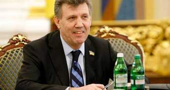 Ківалов отримав від Януковича премію в галузі освіти та 200 тисяч