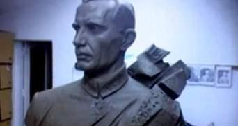 Памятник Коновальцу открыли в Ивано-Франковске