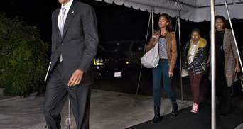 Барак Обама повернувся до роботи в Білому домі (Фото)