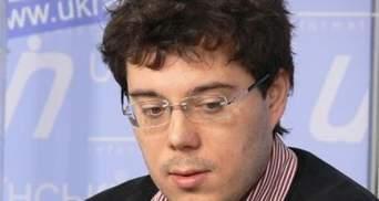 Эксперт: Шансы остаться министрами есть только у Табачника и Колесникова