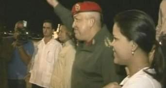 Инаугурацию Уго Чавеса перенесли на неопределенный срок