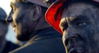 На Луганщине горняки захватили кабинет директора шахты