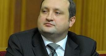 Арбузов обещает подробнее изучить ситуацию вокруг LNG-терминала