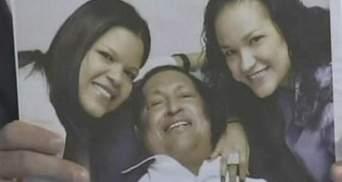 Оприлюднили перші фото Уго Чавеса після чергової операції