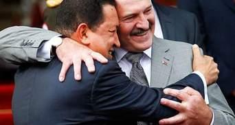 Лукашенко заплакал, когда прощался с Чавесом