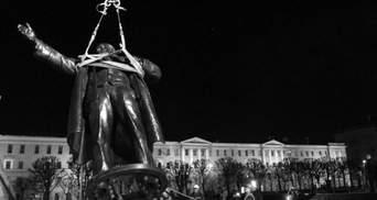 Чому в Україні почали воювати із пам'ятниками Леніну?