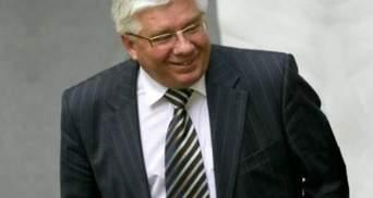 Чечетов считает, что акции оппозиции смешные