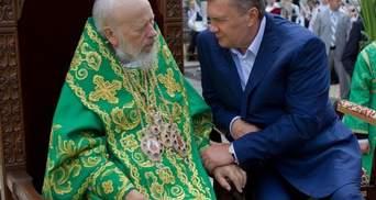 На Праздник Троицы Янукович сходил в храм