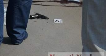 Фото з місця стрілянини у Миколаєві