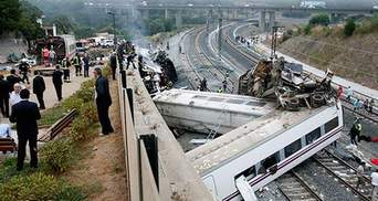 Жертвами аварии поезда в Испании стали уже 79 человек