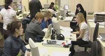 Ограничения на наличные не побуждают украинцев оставлять деньги в банках
