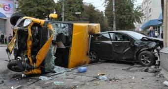 З'явилися фото з кривавої аварії у Сумах