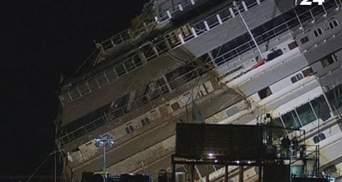 Завершен подъем затонувшего лайнера Costa Concordia