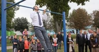 Сумський губернатор показав, як потрібно підтягуватися (Фото. Відео)