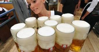 Фото дня: На Октоберфесте пиво льется реками (Фото)