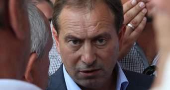 """Янукович нібито """"бореться"""" за євроінтеграцію, а регіонали заважають йому, - Томенко"""