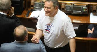 Суд отказался забирать мандат у Колесниченко
