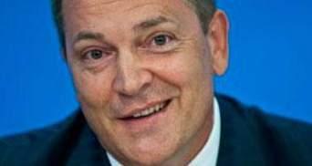 Яценюк так обрадовался санкциям, что едва не выпрыгнул из штанов, - Колесниченко
