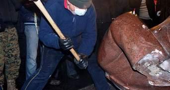 Глава КГГА Попов осудил снос памятника Ленину