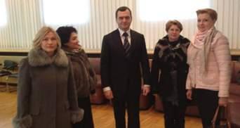 Жінки-депутати закликали Захарченка піти у відставку