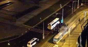 """З Одеси відправляють на Київ 15 автобусів з """"тітушками"""""""
