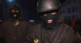 На Бориспільській трасі продовжують чергувати заслони повстанців