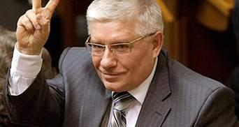 На сегодня исполняющий обязанности Президента — легитимный, — Чечетов