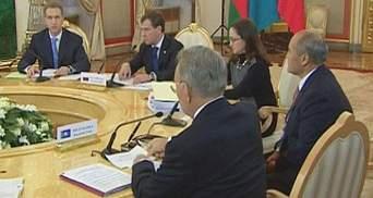 На Сході та Півдні України підтримка Митного союзу знизилася на чверть