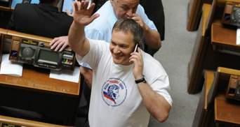 Турчинов готовий позбавити громадянства України Колесніченка