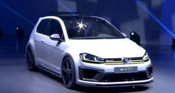 """Пекінське автошоу: концепти BMW та Mercedes, суперзаряджений """"Гольф"""""""