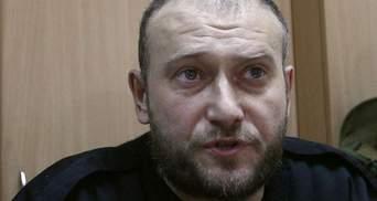 """Це вчорашні """"тітушки"""" і фінансовані оточенням Януковича групи, — Ярош про терористів"""