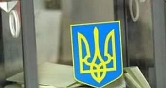 """У Києві """"тітушки"""" намагаються викрасти оригінали протоколів, — Аронець"""