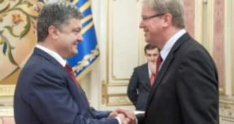 Порошенко обговорив з Фюле підписання Угоди про асоціацію з ЄС