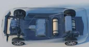 Toyota представила первую машину на водороде, Battelle создала аппарат для лечения паралича