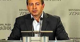Некоторых депутатов меньше встревожила авария Боинга, чем новость о перевыборах, — Томенко