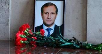 Порошенко вимагає оперативного розслідування вбивства Бабаєва та замаху на Садового