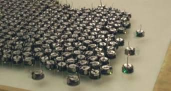 Розроблений новий смартфон BlackBerry, створений рій з міні-роботів