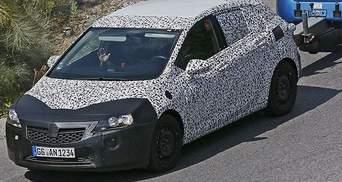 Opel вивів на тести нову Astra