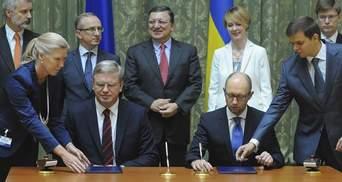 Яценюк і Фюле підписали угоду про фінансування ЄС проектів з розвитку неурядового сектору