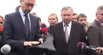 Яценюк оцінив зимову амуніцію для Національної Гвардії (Відео)