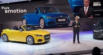 Немцы привезли в Париж три модификации нового купе Audi TT