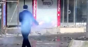 Из-за выступлений курдов в Турции уже погибли 20 человек, еще около 150-ранены