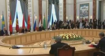 На саммите глав государств СНГ подписали более десятка совместных документов