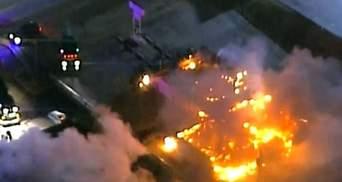 Протести у Ферґюсоні. Активісти палять будинки, кількадесят людей арештовано