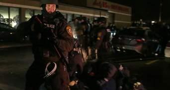 У Ферґюсоні не вщухають протести: влада США стягує додаткові сили Нацгвардії