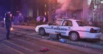 Полісмен, який убив темношкірого юнака, вважає, що чинив правильно