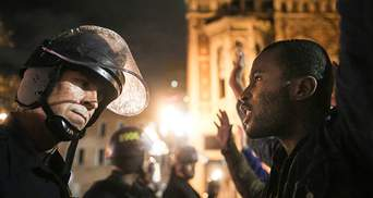 Протести в США не вщухають, в Окленді поліція розігнала демонстрантів