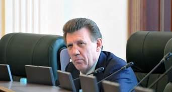 """Ківалов """"забарикадувався"""" в кабінеті голови комітету Ради з питань правової політики"""